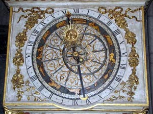 Cathedrale_Saint_Jean_Lyon_Clock